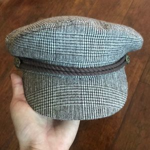 Gorgeous captains tweed newsboy hat